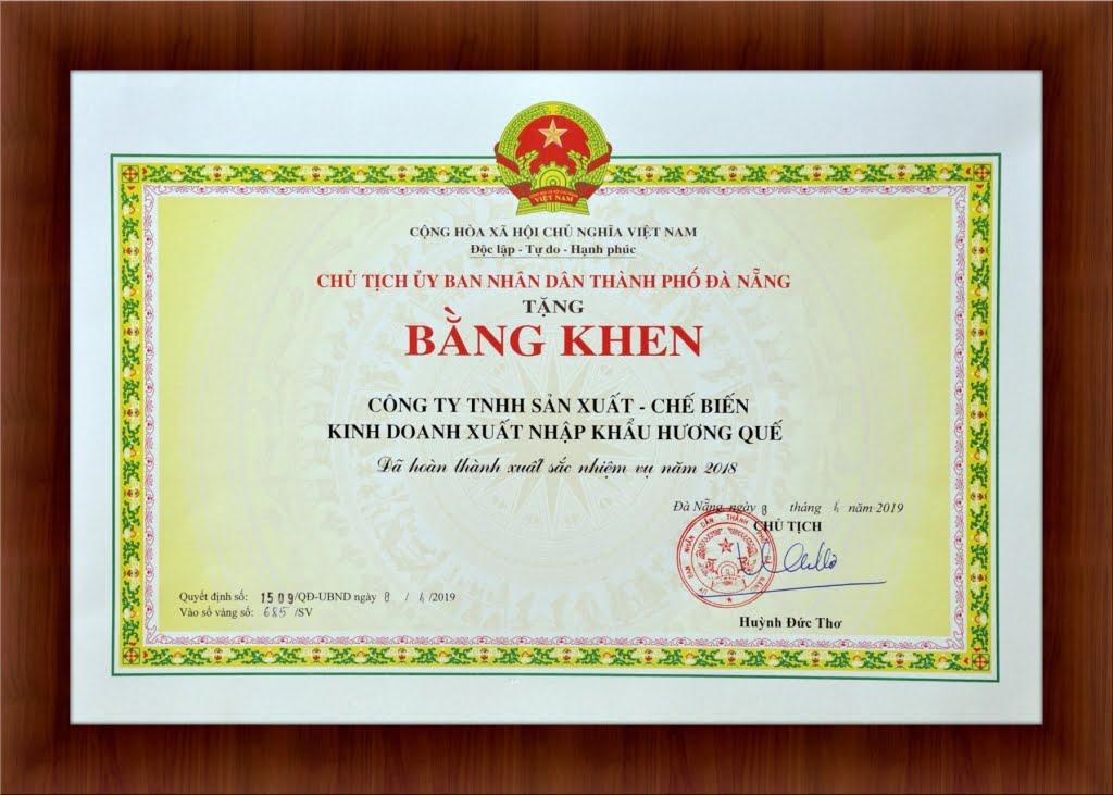 bang-khen-hoan-thanh-xuat-sac-nhiem-vu-2018